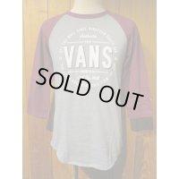 ■バンズ(VANS)■ラグラン七分袖Tシャツ■VANS■グレー×バーガンディ■メンズ US(S)サイズ